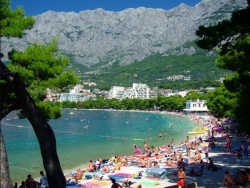 makarska-apartments-beach-near-apartments